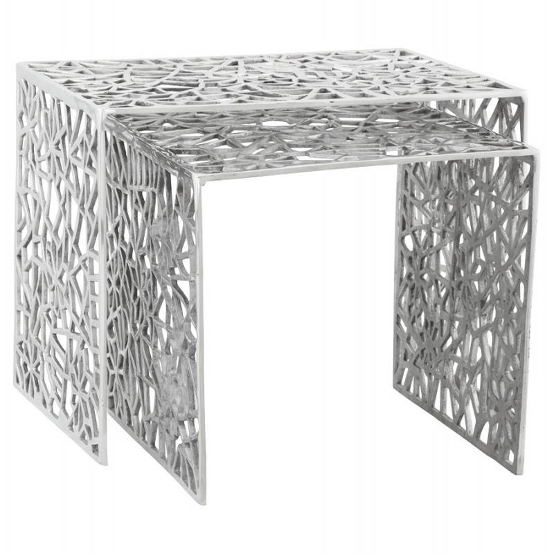 tables gigogne basses en aluminium. Black Bedroom Furniture Sets. Home Design Ideas