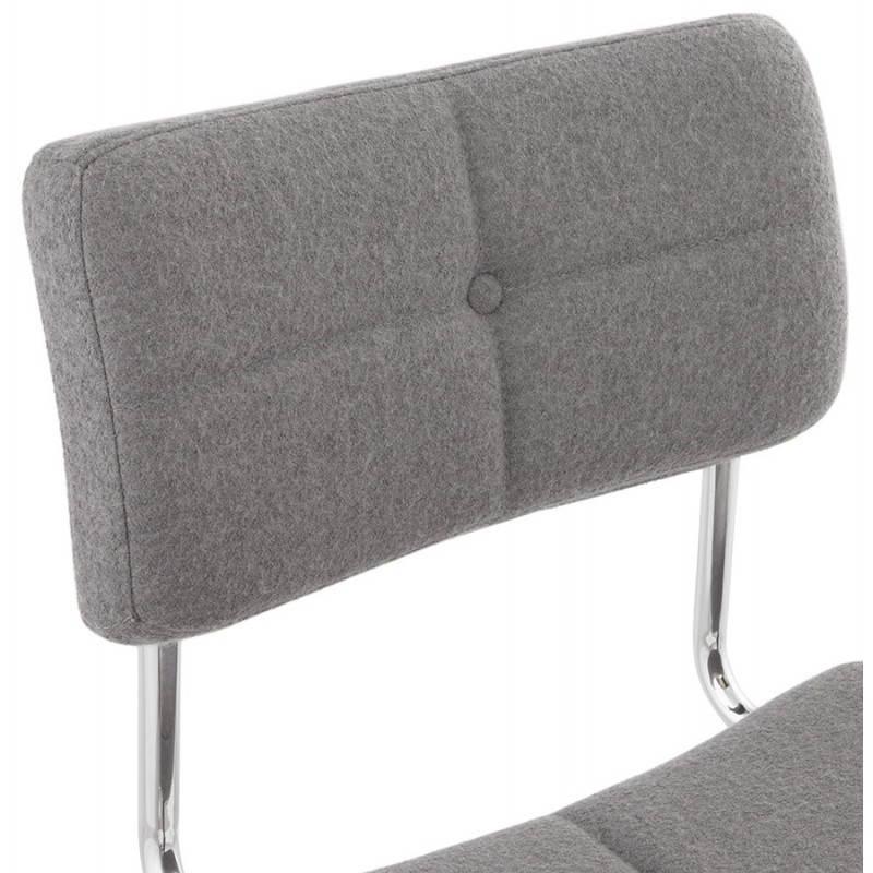 Chaise design capitonnée BONOU en tissu (gris clair) - image 25414