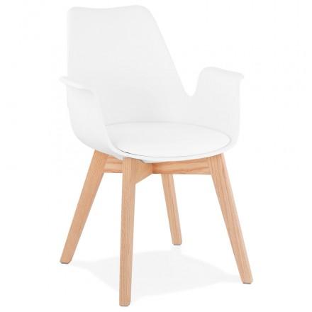 Silla de diseño escandinavo con pies KALLY de madera de color natural (blanco)
